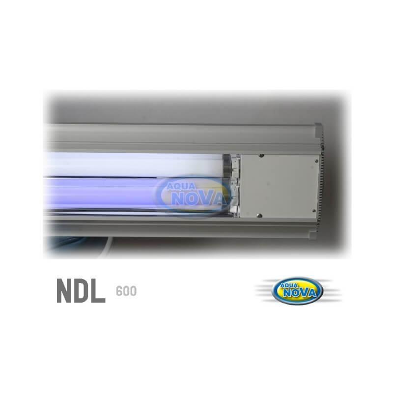 Eclairage aquanova rampe t8 80cm 2x20w pour aquarium for Rampe d eclairage pour cuisine